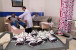 Iranians collect for quake hit compatriots