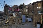 خسارات وارده به منازل ایثارگران زلزله زده پرداخت می شود