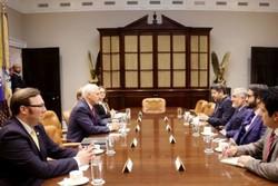 «عبدالله عبدالله» با معاون رئیس جمهوری آمریکا دیدار کرد