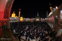 دل های ایرانیان زائر شمس الشموس/ شهر خورشید سیاه پوش شد