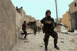الجيش السوري يواصل مطاردة الإرهابيين في وادي الفرات