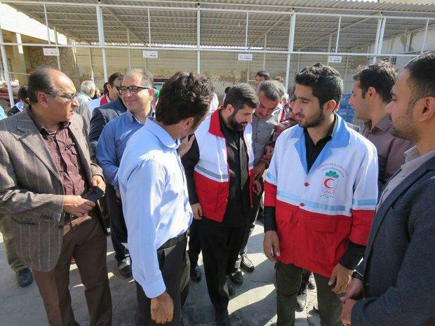 بازدید استاندار خوزستان از محل جمع آوری کمک های مردمی در بهبهان