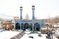 امامزاده زید بن علی(ع) همچنان محصور در مغازه ها/ تصمیمات جدید اتخاذ میشود
