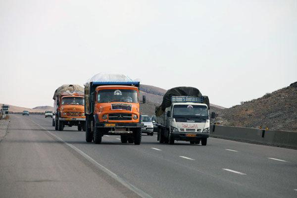 ارسال ۱۵ خودرو اقلام مورد نیاز زلزله زدگان کرمانشاه از دماوند