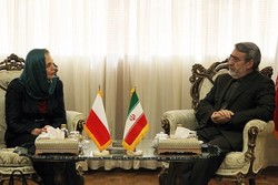 Iran ready to expand all-out coop. with Poland