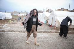 آب آشامیدنی زلزلهزدگان گلآلود است/ ۲۵هزار دفترچه آذوقه توزیع شد