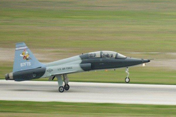سقوط هواپیمای آموزشی ارتش آمریکا در تگزاس