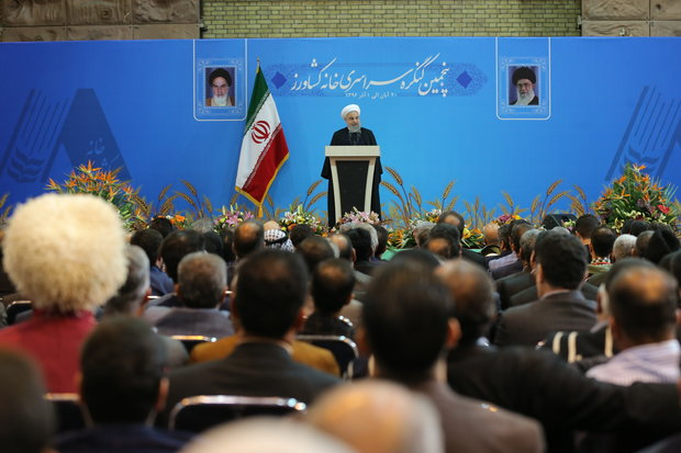 Rouhani felicitates Leader, Gen. Soleimani on victory against ISIL