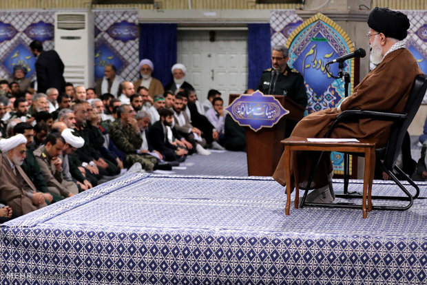 Leader receives Basij commanders, forces