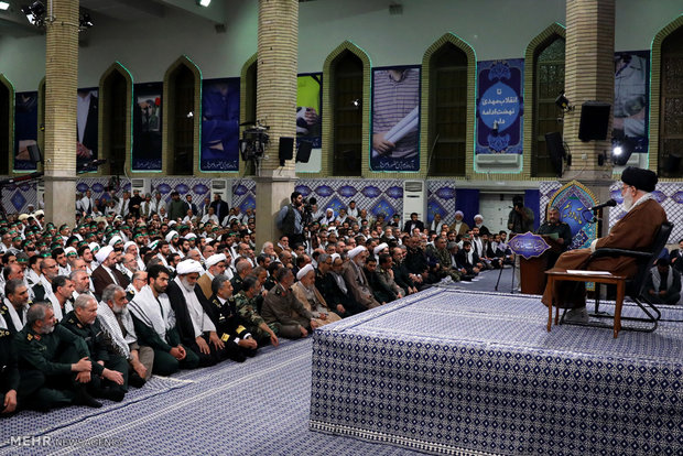 Leader receives Basij commanders, forces