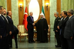 Pres. Rouhani urges closer trade ties with Turkey