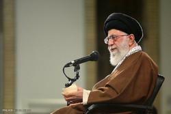 قائد الثورة يحذر من محاولات البعض بث الفرقة في صفوف الشعب الايراني