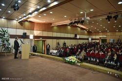 مراسم معرفی اولین عمل جراحی پیوند شبکیه مصنوعی در کشور