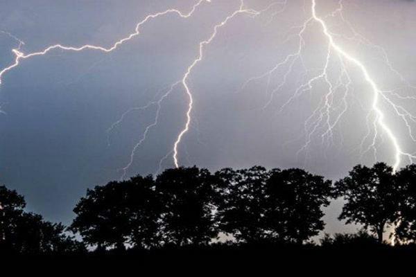 پیش بینی وقوع رعد و برق شدید در چهارمحال و بختیاری