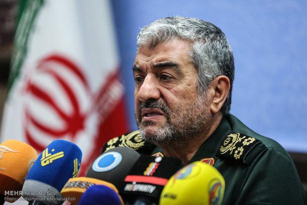 اللواء جعفري: الأمن في ايران ثابت ونموذجي بوحدة القوات المسلحة