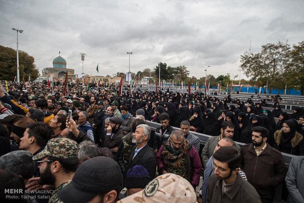 مراسم تشییع پیکر شهید مدافع حرم روحالله رحیمی در قزوین
