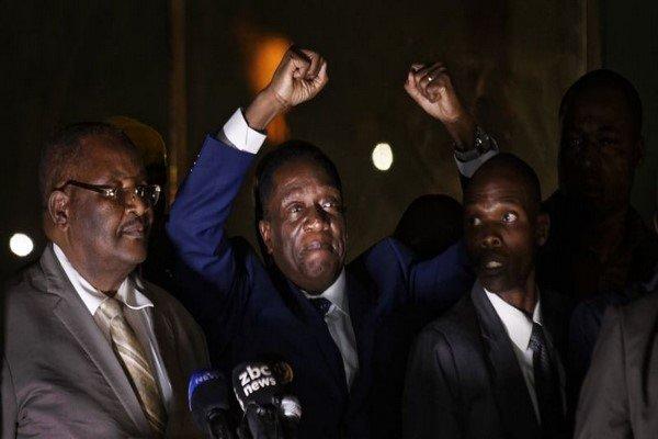 «منانگاگوا» به عنوان رئیس جمهور جدید زیمبابوه سوگند یاد می کند