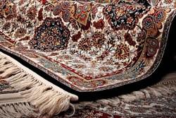 بافت هزار متر مربع فرش توسط بانوان خراسان جنوبی برای عتبات عالیات