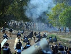 پاکستانی دارالحکومت اسلام آباد میدان جنگ بن گیا/ دھرنے کے خلاف آپریشن