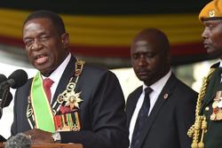 زیمبابوے کے نئے صدر نے اہم وزارتیں فوج کے حوالے کردیں