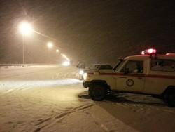 تداوم امدادرسانی به گرفتارشدگان در برف و کولاک/۴۸ نفر نجات یافتند