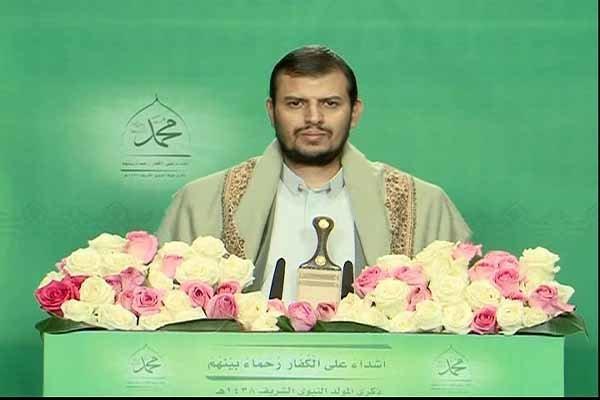 الحوثي يشيد بدور المرأة اليمنية في صنع النصر