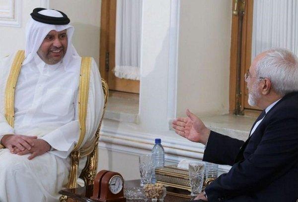 ظريف يلتقي وزير الاقتصاد والتجارة القطري