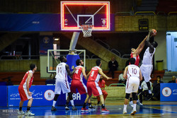 Iran Basketball team wins against Qatar