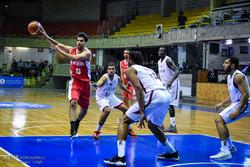 فوز ساحق للمنتخب الايراني على القطري في  تصفيات آسيا  لكرة السلة /صور
