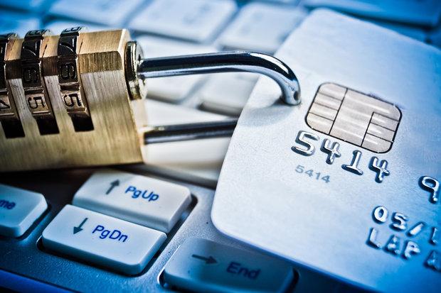کلاهبرداری از کارت های اینترنتی
