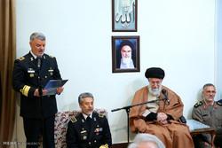 قائد الثورة الاسلامية يستقبل قادة القوة البحرية للجيش / صور