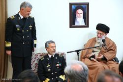 دیدار فرماندهان نیروی دریایی ارتش با رهبر انقلاب