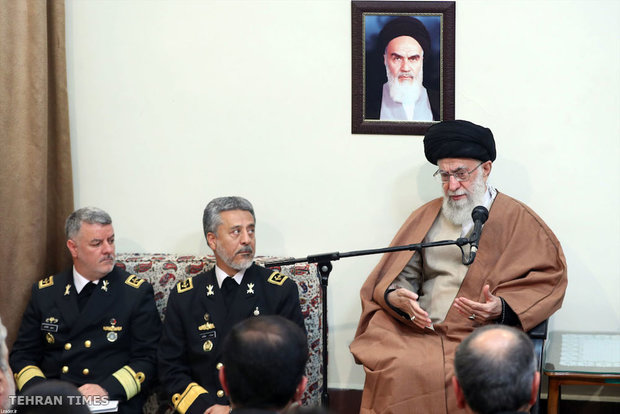 Commanders and officials of the Naval Forces meet with Ayatollah Khamenei