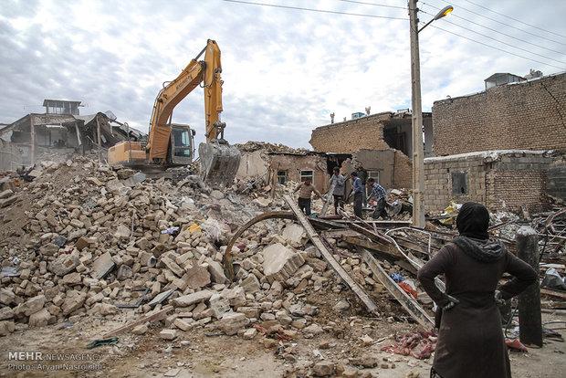 بلوکه کردن خسارت پرداختی بیمه زلزلهزدگان به جای بدهی بانکی
