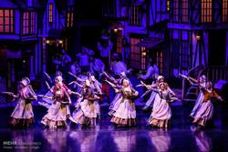 """""""أوليفر تويست"""" على خشبة المسرح الايراني / صور"""