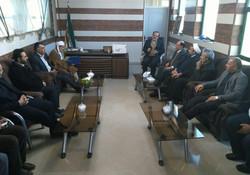 نشست مسئولین ارشاد با فرماندار و امام جمعه منطقه زلزله زده ثلاث