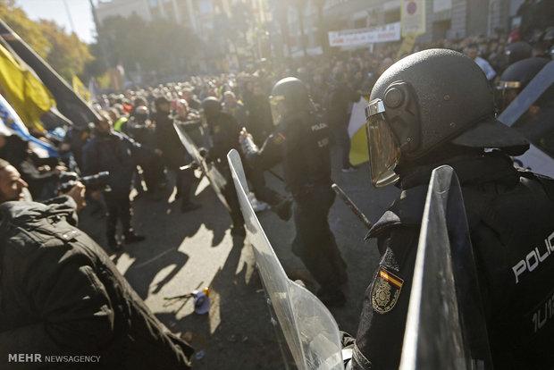 تظاهرات علیه تاکسی های اینترنتی در مادرید