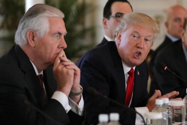 امریکی صدر ٹرمپ  بے وقوف اور نشے کے عادی ہیں