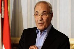 رئيس وزراء مصر السابق يؤكد انه حر ويتحرك بحرية تامة
