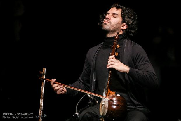 İran'da dev geleneksel müzik konseri