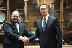وزیر صنعت و وزیر اقتصاد مجارستان
