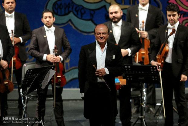 سازهای ارکستر مجلسی ایران برای جشنواره موسیقی فجر کوک میشود