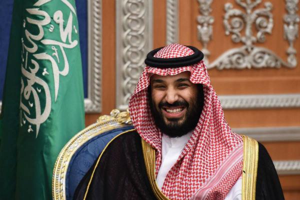 سعودی عرب کی خواتین کو اب سیاحوں کی رہنمائی کی اجازت بھی مل گئی