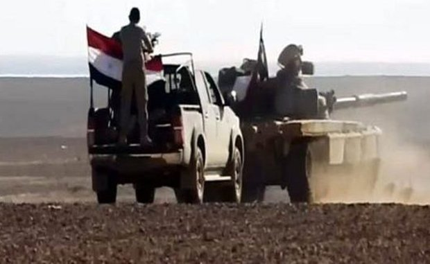 Syrian Army destroys al-Nusra positions in Hama's eastern countryside
