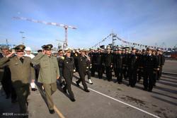 تحویل دهی ناو موشک انداز سپر به نیرو دریایی ارتش توسط وزارت دفاع