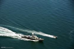 رژه شناورهای منطقه چهارم دریایی سپاه در عسلویه و دیر