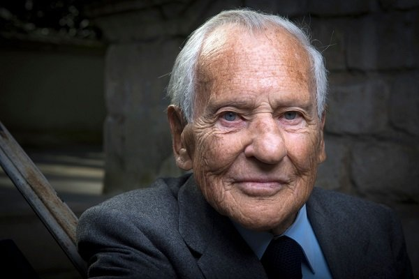 ژان دورمسون از اعضای آکادمی فرانسه درگذشت
