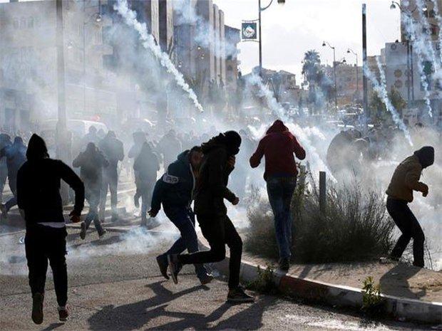 Siyonistlerden Filistinli göstericilere karşı şiddet