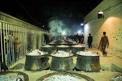 طبخ بزرگترین نذری جهان اسلام در یزد