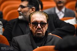 ناصر خان همیشه می گفت فقط باید تو این خاک آروم بگیری...